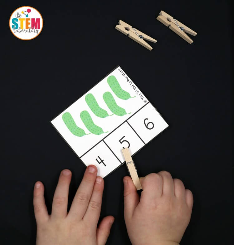 Super cute Very Hungry Caterpillar clip cards. Such a fun way to work on counting, number recognition and fine motor skills with preschoolers and early kindergarteners.