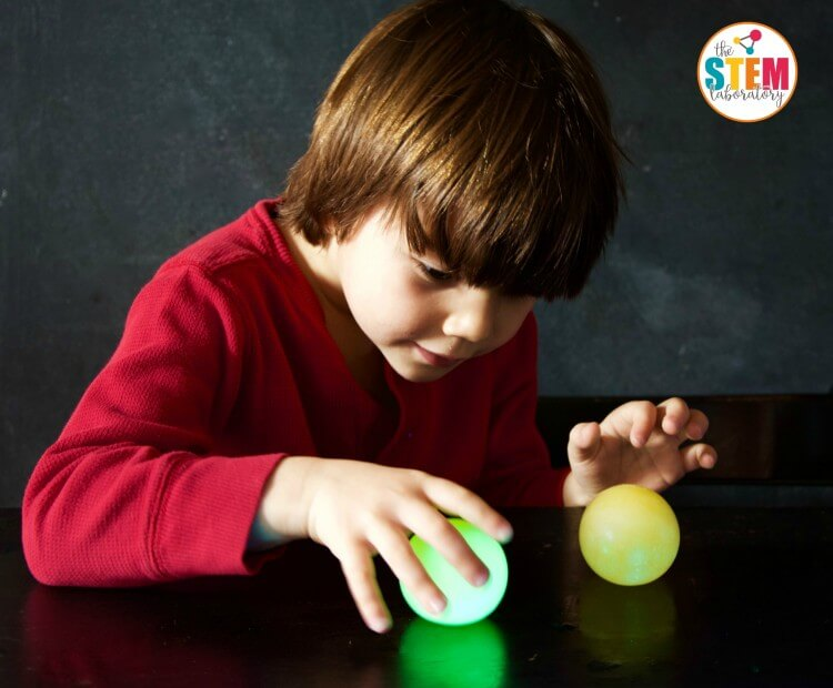 What a cool science experiment for kids! Make a glowing bouncy egg.