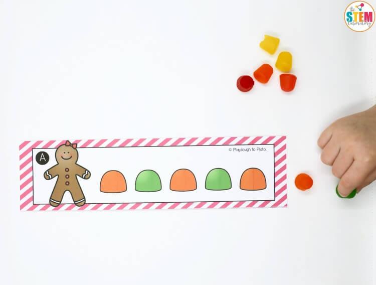 fun-gingerbread-pattern-cards